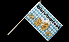 Stockflagge Oktoberfest Bierkrug und Brezel